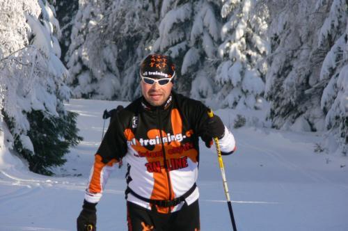 Zlepšete techniku a fyzickou kondici na horách - SKI KEMP BENECKO 20. - 22.1.2011   obrázek