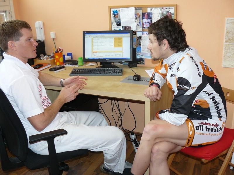 On-line trenér pomůže zhubnout, zlepšit fyzickou kondici nebo vytrvalost!   obrázek