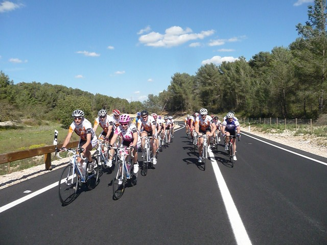 Kemp Holidays: Chlapi pořádný trénink a ženy pohodové cyklovýlety po Mallorce? | obrázek