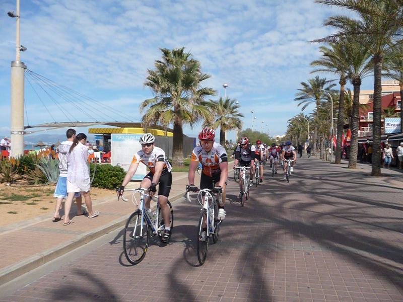 Slunečný firemní cykloevent byl skvělou tečkou za letošními kempy na Mallorce | obrázek