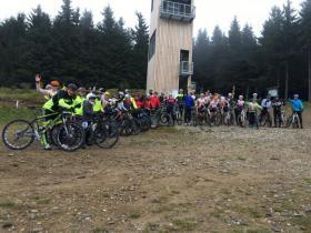 Bikeři v bikeparku zažili pod vedením trenérů Alltraining.cz nevšední cyklistický zážitek | obrázek