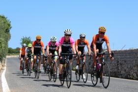 Dezerty, kafíčka, pomeranče a spousty slunečných paprsků, takový byl závěrečný cyklistický kemp  | obrázek