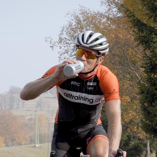 Pitný režim při cyklistickém výkonu